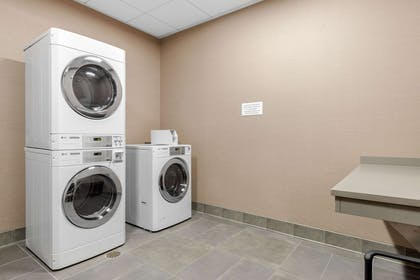 Guest laundry facilities | Cambria Hotel Mount Pleasant – Charleston