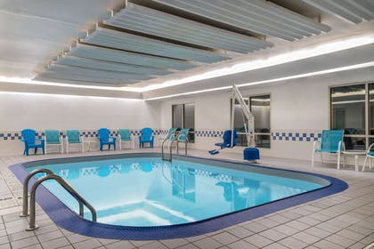 Pool | AmericInn by Wyndham Duluth