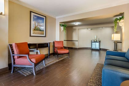 Lobby with sitting area   Mainstay Suites El Centro I-8