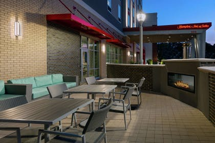 Exterior | Hampton Inn & Suites Atlanta Buckhead Place