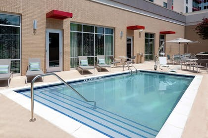 Pool | Hampton Inn & Suites Atlanta Buckhead Place