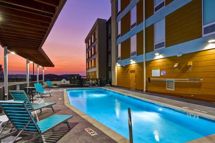 Pool | Home2 Suites by Hilton Hot Springs