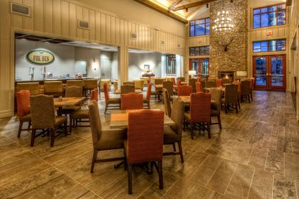 Restaurant | Black Fox Lodge Pigeon Forge, Tapestry Collection by Hilton