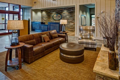 Reception | Black Fox Lodge Pigeon Forge, Tapestry Collection by Hilton