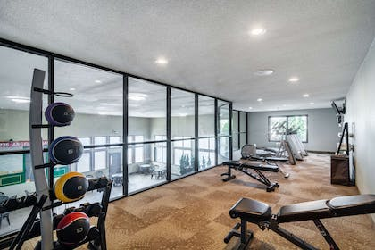 Fitness center | Riverview Inn & Suites, an Ascend Hotel Collection Member