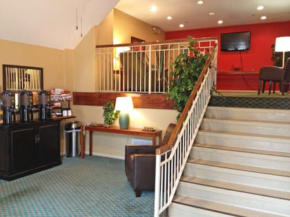 Lobby and Guest Check-in | Extended Stay America - Birmingham - Wildwood