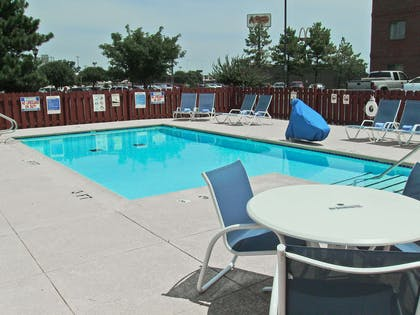 Swimming Pool | Extended Stay America - Tulsa - Midtown