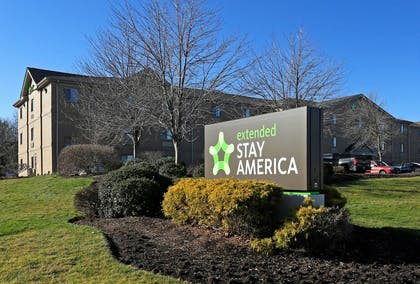 Exterior   Extended Stay America - Cleveland - Great Northern Mall
