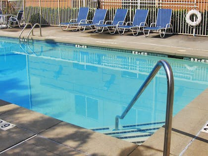 Swimming Pool | Extended Stay America - Oklahoma City - Northwest
