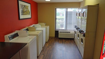 On-Premise Guest Laundry | Extended Stay America Houston - Westchase - Westheimer