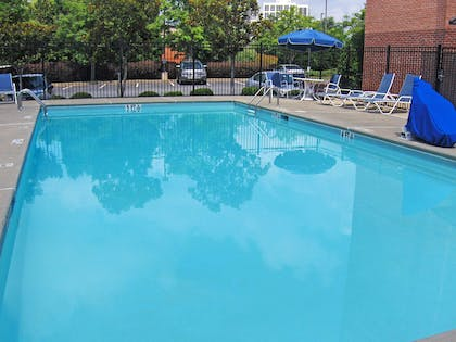 Swimming Pool | Extended Stay America - Atlanta - Vinings