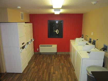 On-Premise Guest Laundry   Extended Stay America-Orlando-Convention Ctr-Sports Complex