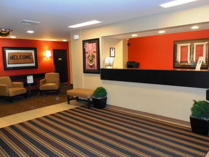 Lobby and Guest Check-in | Extended Stay America Charleston - Mt. Pleasant