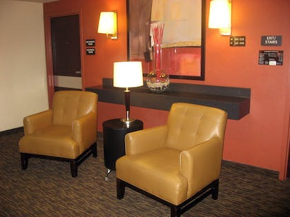 Lobby and Guest Check-in | Extended Stay America Sacramento - Roseville