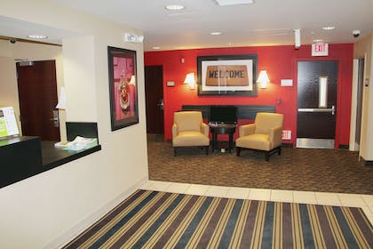 Lobby and Guest Check-in | Extended Stay America-Portland-Beaverton/Hillsboro-Eider Ct