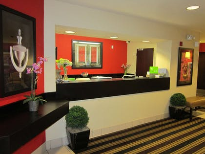 Lobby and Guest Check-in | Extended Stay America Pleasant Hill - Buskirk Avenue