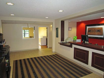 Lobby and Guest Check-in | Extended Stay America Columbus - North