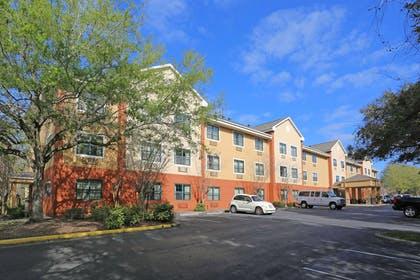 Exterior | Extended Stay America - Tampa - North - USF-Attractions