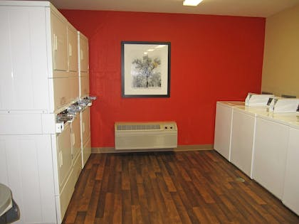 On-Premise Guest Laundry   Extended Stay America Los Angeles - Valencia
