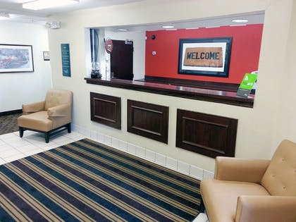 Lobby and Guest Check-in | Extended Stay America Oklahoma City - Airport
