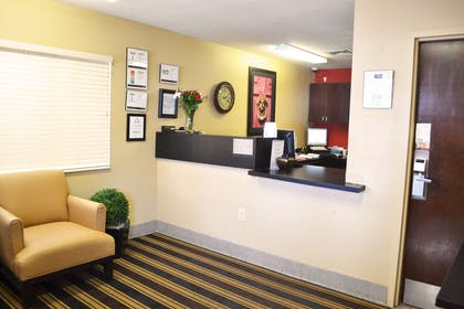 Lobby and Guest Check-in | Extended Stay America Denver - Lakewood South