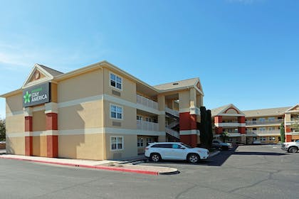 Exterior | Extended Stay America Tucson - Grant Road