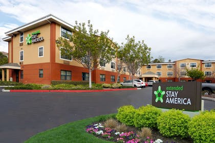 Exterior | Extended Stay America Santa Barbara - Calle Real