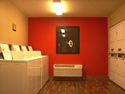 On-Premise Guest Laundry | Extended Stay America Hartford - Meriden