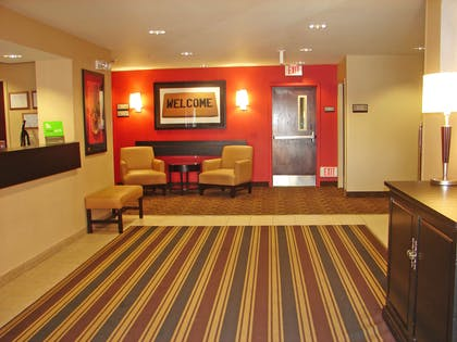 Lobby and Guest Check-in | Extended Stay America Hartford - Meriden