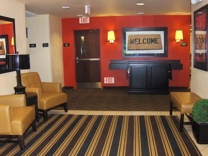Lobby and Guest Check-in | Extended Stay America Atlanta - Alpharetta - Rock Mill Road