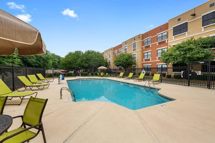 Swimming Pool | Extended Stay America - Charlotte - Pineville - Pineville Matthews Rd
