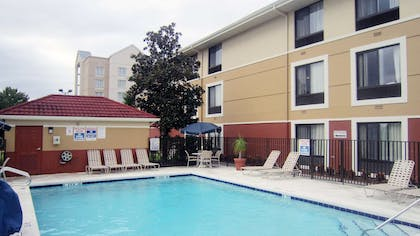 Swimming Pool | Extended Stay America - Orlando Theme Parks - Vineland Rd.