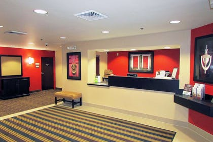 Lobby and Guest Check-in | Extended Stay America - Atlanta - Perimeter - Crestline