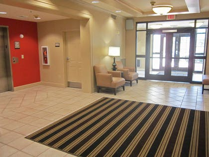 Lobby and Guest Check-in | Extended Stay America - Fayetteville - Cross Creek Mall