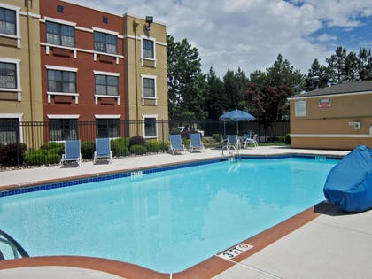 Swimming Pool | Extended Stay America - Fayetteville - Cross Creek Mall