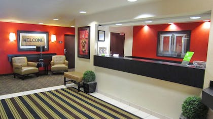 Lobby and Guest Check-in | Extended Stay America-Orlando-Lake Mary-1036 Greenwood Blvd