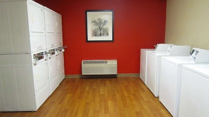 On-Premise Guest Laundry | Extended Stay America-Orlando-Lake Mary-1036 Greenwood Blvd