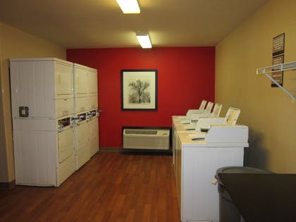 On-Premise Guest Laundry | Extended Stay America Fort Lauderdale - Plantation