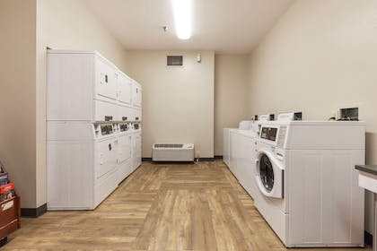 On-Premise Guest Laundry | Extended Stay America - Miami - Airport - Doral - 25th St