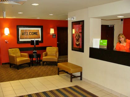 Lobby and Guest Check-in | Extended Stay America - Somerset