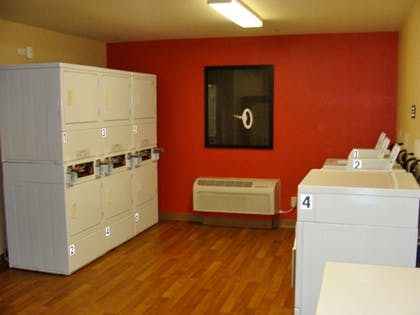 On-Premise Guest Laundry | Extended Stay America - Somerset