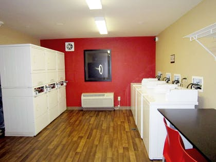 On-Premise Guest Laundry | Extended Stay America - Columbus – NE I-270