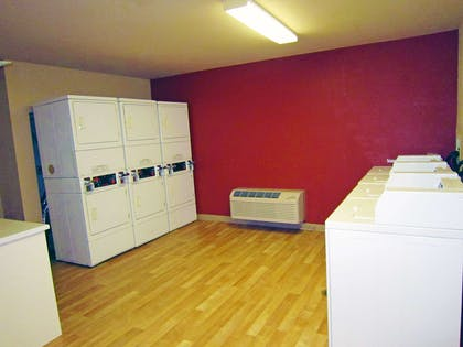 On-Premise Guest Laundry | Extended Stay America Columbus - Worthington