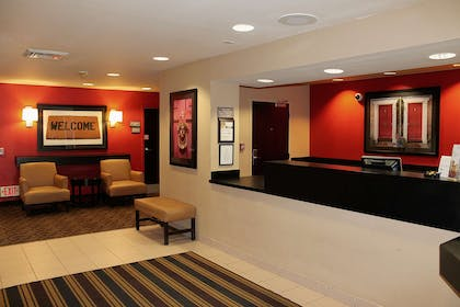Lobby and Guest Check-in | Extended Stay America - Houston - Greenway Plaza