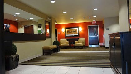 Lobby and Guest Check-in | Extended Stay America - Houston - I-10 West - CityCentre