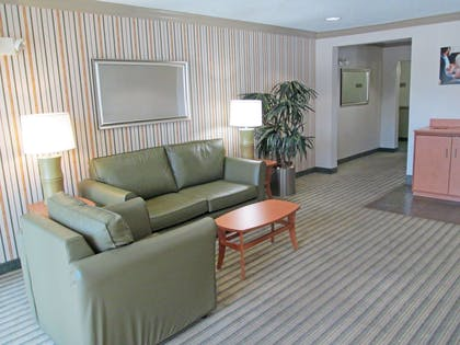 Lobby and Guest Check-in   Extended Stay America - Fort Worth - Fossil Creek