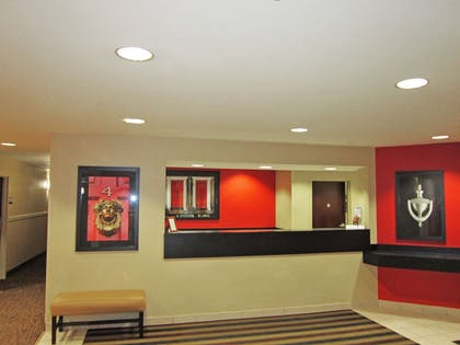 Lobby and Guest Check-in | Extended Stay America Olympia - Tumwater