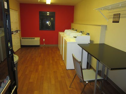On-Premise Guest Laundry | Extended Stay America Oakland - Alameda
