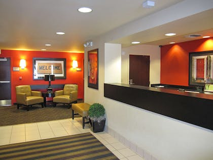 Lobby and Guest Check-in | Extended Stay America San Jose - Santa Clara