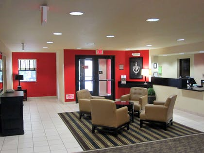 Lobby and Guest Check-in | Extended Stay America-Orange County- Anaheim Convention Ctr